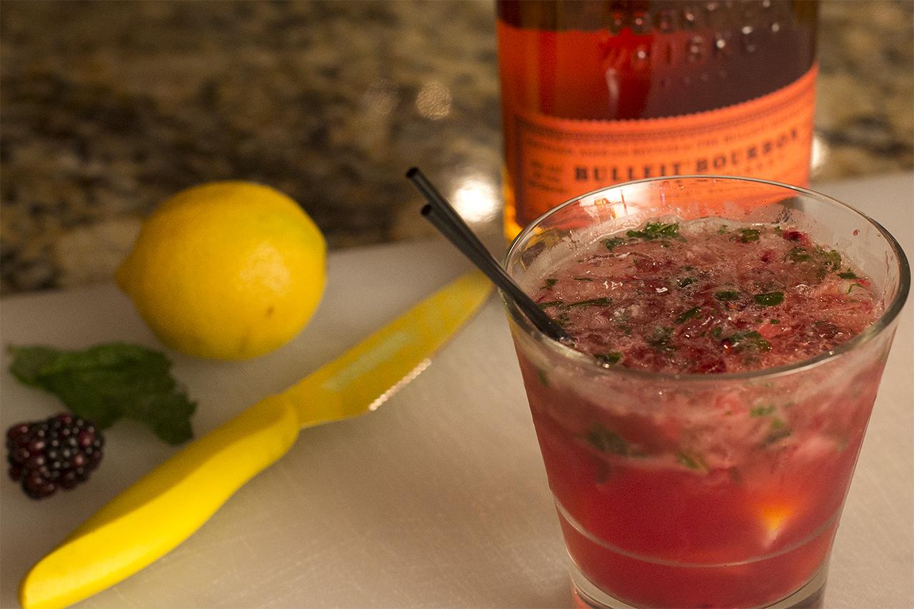 rasppberry-mint-lemonade